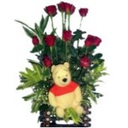 Pooh & Roses in a Basket 72016